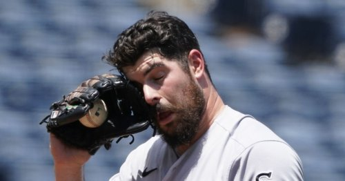 Short-handed White Sox blanked by Royals, lose series