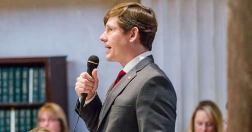 Indicted Tennessee senator steps aside, for now, as leader of key education committee