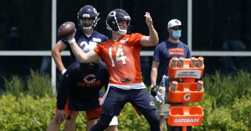 Bears report to training camp with risky plan to make playoffs
