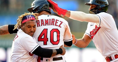 Cleveland offense erupts late to steal win from Mariners