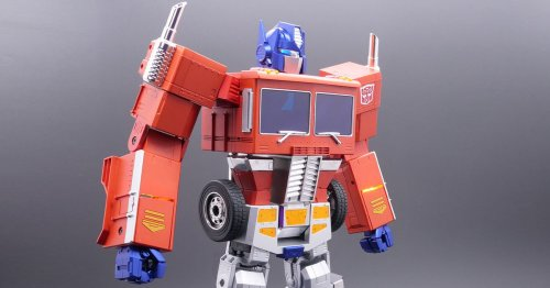 New $700 Optimus Prime toy is an actual robot that walks and transforms on its own