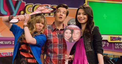 The new iCarly will need to deal with what 'internet famous' really means
