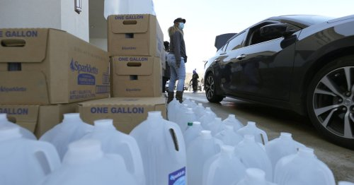 """It's after the storm that's the hardest part"": 390,000 Texans still don't have clean water"