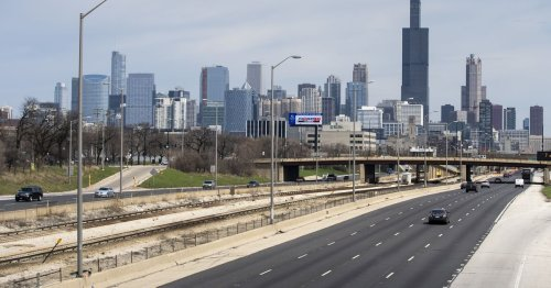 Chicago on the road to financial solvency, Lightfoot assures investors