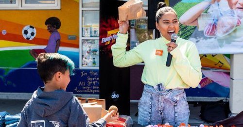 Ayesha Curry Zooms Into Washington on Behalf of Hungry Kids