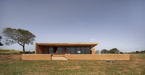 A sophisticated take on the rammed earth house