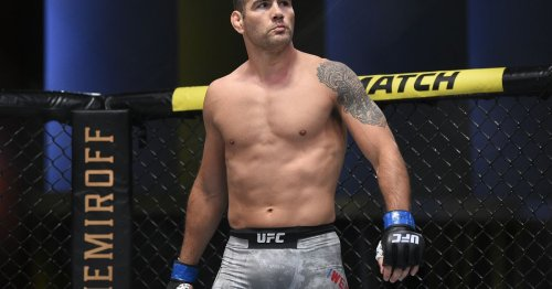 Chris Weidman shares another recovery update: 'I was actually in the gym' and boxed a bit