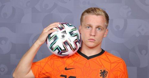 Donny van de Beek wants Barcelona switch - report