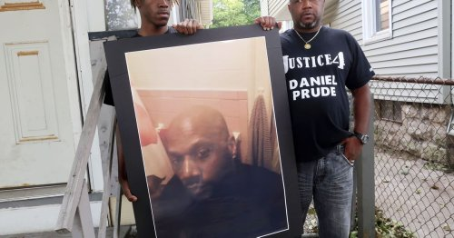 Grand jury in Daniel Prude death voted 15-5 to not indict 3 cops