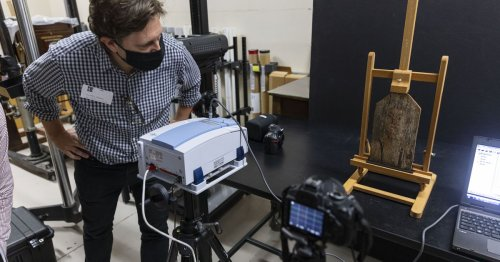 Field Museum gives inside look into how researchers analyze millennia-old portrait