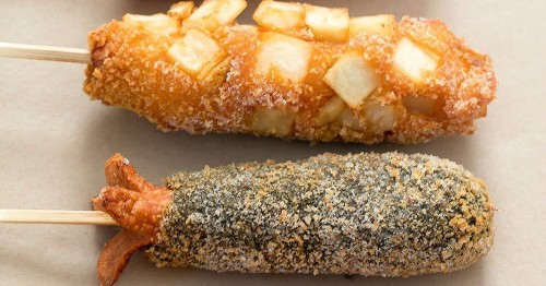 Two Hands Brings Crispy Korean-Style Hot Dogs to Bellaire Food Street