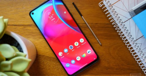 The Motorola Moto G Stylus 5G is a good phone with a too-short shelf life