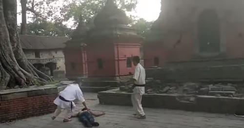 Wanna see a dead body? Street fighter vs. Karate black belt ends with horrible KO
