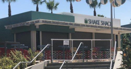 NYC Burger Restaurant Shake Shack Is Opening Inside Dodger Stadium