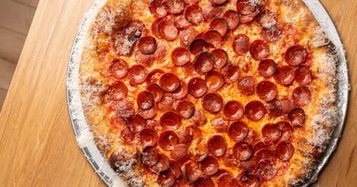 Pasadena's Union Restaurant Pushes the New York Pizza Envelope