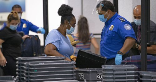 Border agents can search phones freely under new circuit court ruling
