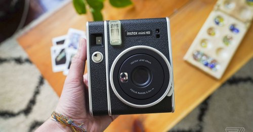Fujifilm's new Instax Mini 40 is a $100 vintage-looking toy