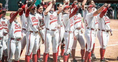 Alabama Softball vs Ole Miss Jostle for Seeding Positions