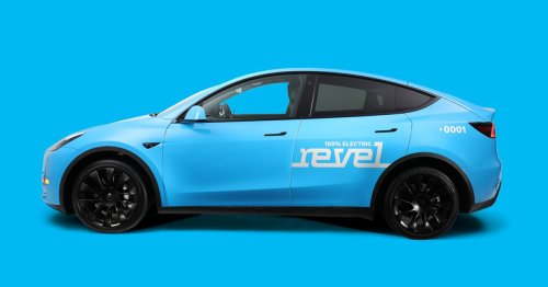 New York City votes to block new licenses for electric taxis, snubbing Revel's Tesla plans