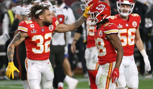 Arrowheadlines: Chiefs middle of the road in PFF's secondary rankings