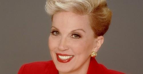 Dear Abby: Are we friends or not? College pal never answers my texts but invites me to her wedding