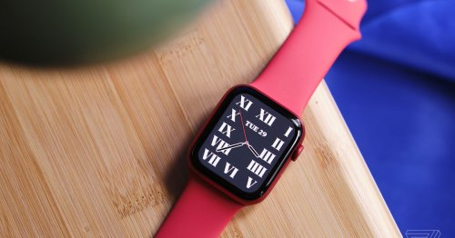 The Apple Watch Series 6 is $279 at Best Buy