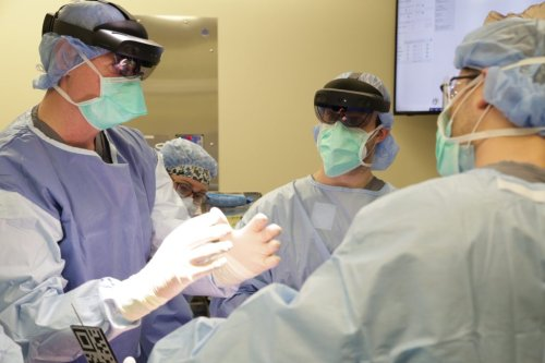 Doctors Perform One-Of-A-Kind AR Surgery In Boston