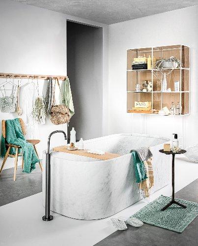 Zo kun je een badkamer van 10m2 het beste inrichten | vtwonen