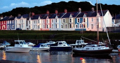 Five Welsh seaside resorts ranked among the best in the UK