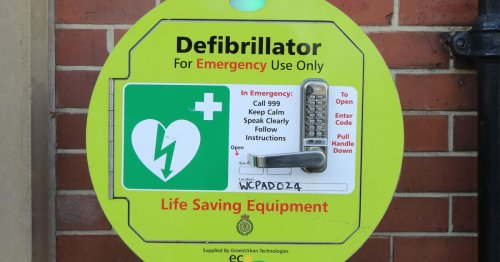 Locations of thousands of defibrillators unknown to 999 operators