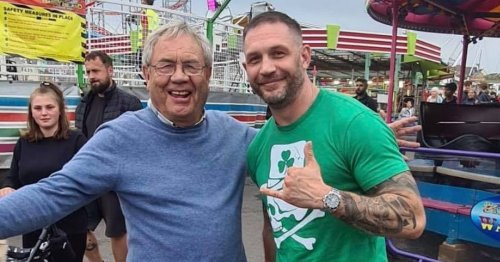 Tom Hardy drives fans wild with surprise appearance at Welsh seaside resort