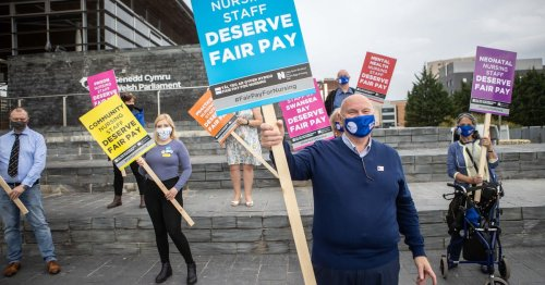 Nurses resoundingly reject 3% pay offer for NHS Wales staff