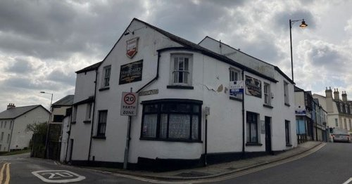'Haunted' Welsh pub with coffins in the cellar is going to auction
