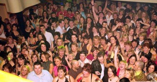Legendary Llanelli nightclub Bar Luna to shut for good