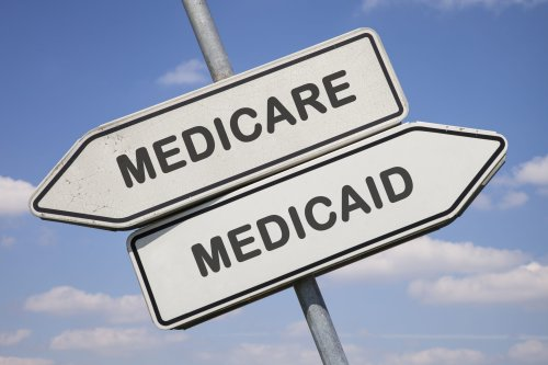 Medicare vs. Medicaid: What's The Difference? | WalletGenius