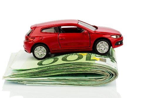 Easy Ways to Lower Your Car Insurance Premiums | WalletGenius