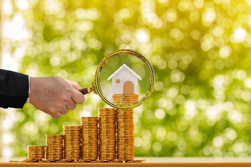 Which Homes Keep Their Value Best in a Recession? | WalletGenius