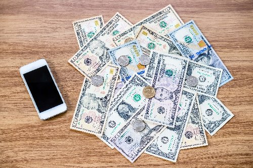 How to Save Money on Your Cell Phone Plan | WalletGenius