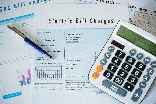 15 Ways to Lower Your Energy Bill | WalletGenius