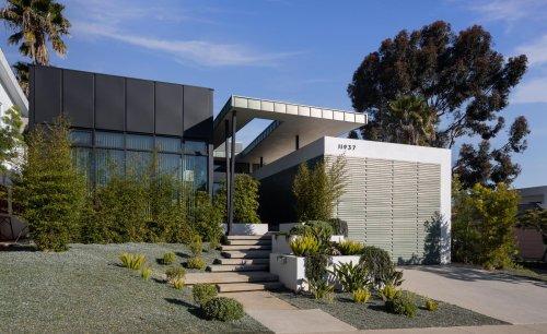California tract home's dramatic transformation into modernist villa