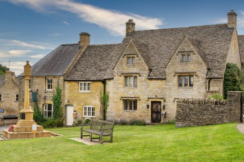 Cotswold Wonder: walking the Cotswold Ring