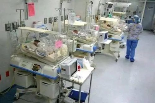 Guinness World Record set as South African woman gives birth to 10 babies