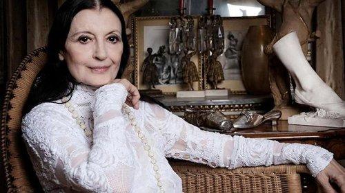 Carla Fracci, queen of Italian dance, dies age 84