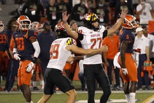 Maryland makes up for its mistakes with a late field goal to beat Illinois