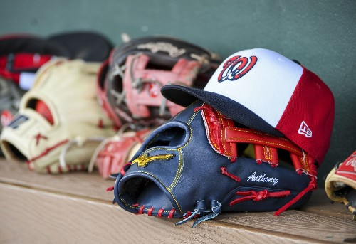 The Nationals' top international signing wows with his glove, and the team is bullish on his bat, too
