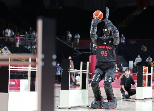 Toyota's basketball robot stuns at the Tokyo Olympics with its flick of the wrist
