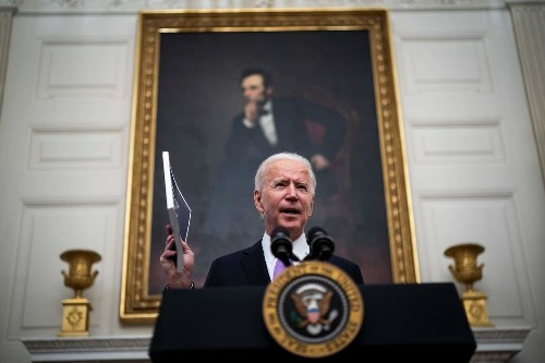 President Biden signs order to increase federal food benefits, among executive actions to stabilize the U.S. economy