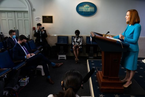 White House tries a time-tested media strategy — courting local reporters