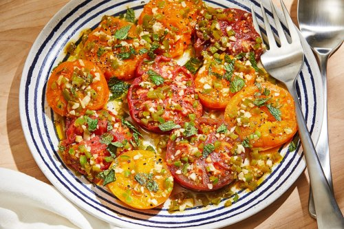 Fry tomatoes with chiles and garlic for a fragrant summer dish