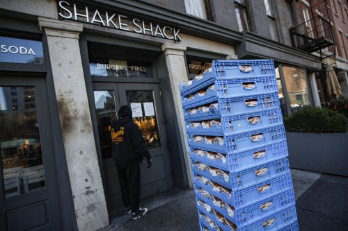 Shake Shack manager was held and 'taunted' after NYPD union falsely claimed he poisoned drinks, lawsuit says